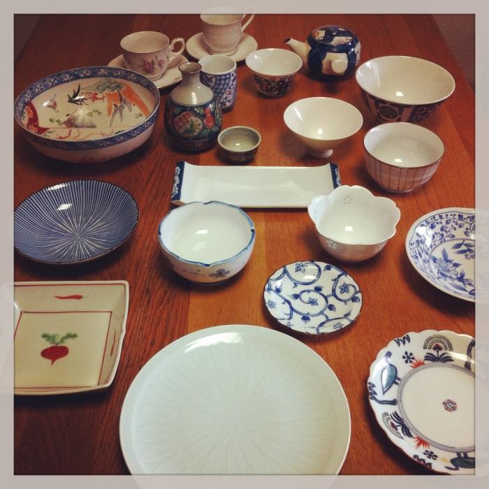 廚櫃裡的可愛食具 Pretty wares from the cupboard 食器棚の中のかわいい食器